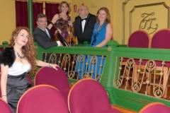 Teatro Liceo de Santoña con el ensemble Más que Voces 3