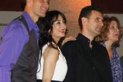 Estrella Cuello con el tenor Fran Rivero y el pianista Borja Mariño tras actuación en el patio de la Universidad de Alcalá