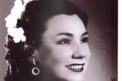 Dedicatoria de la soprano Pilarín Andrés de Pablo, mi primera Maestra de Canto