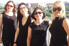 Ensemble Más que Voces actuando en la Expo del Agua en Zaragoza