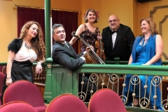 Teatro Liceo de Santoña con el ensemble Más que Voces 2