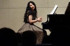 Estrella Cuello pianista