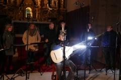 Coro-Ars-Poliphonica-y-Francisco-López-tiorba-en-grabación-en-las-Caldas