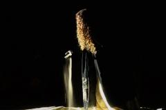 Estrella Cuello como Isabel de Portugal sobre la arena de la playa Salvé