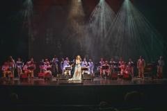 Estrella Cuello con Orquesta Jueves de Boleros cantando el bolero Perfidia