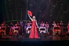 Estrella Cuello cantando María la Portuguesa en el Palacio de Festivales de Cantabria