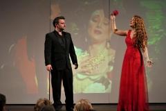Foto interpretando duos de zarzuela nuestra soprano Estrella Cuello y tenor Alberto Núñez