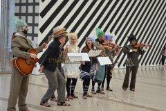 """Exposición/Performance """"Amigos"""" de Martin Creed, Centro Botín (Santander) - Paloma Matías (Fotógrafa)"""